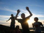 Trampolina ogrodowa, dzieci